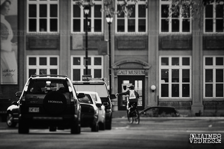 Galt Museum & Cyclist