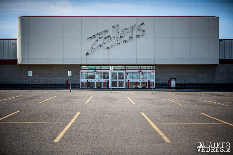 Lethbridge Zellers Closed