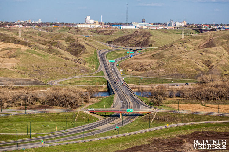Highway3_LethbridgeSkyline