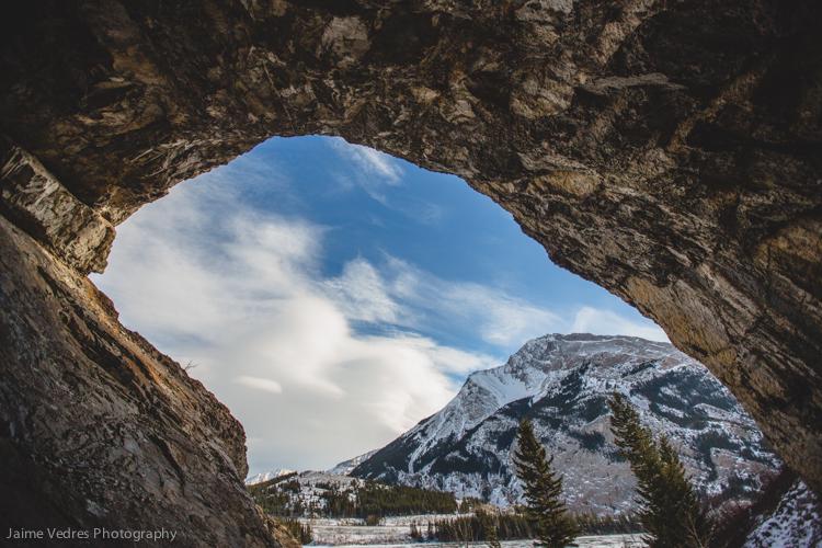 Crowsnest lake Cave
