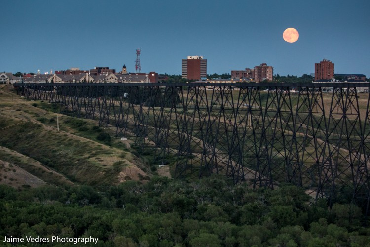 Lethbridge, Highlevel Bridge, Full Moon