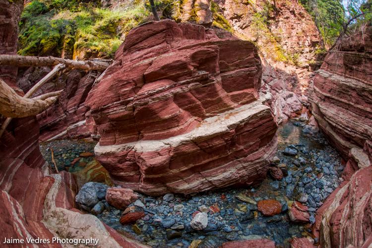 Waterton, Red Rock Canyon